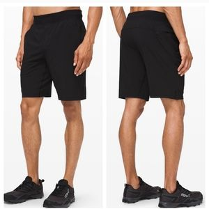 Lululemon Men's Black T.H.E Short W/ Liner Small